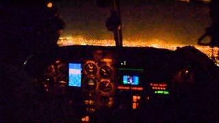 getlinkyoutube.com-WMU Piper Seminole Night Approach/Landing Chicago Midway KMDW