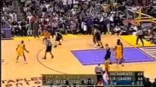 getlinkyoutube.com-Mike Bibby Silences the Refs and the Crowd