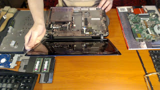 getlinkyoutube.com-Disassembly Toshiba Satellite L645 S4102 PSK0GU OCT022