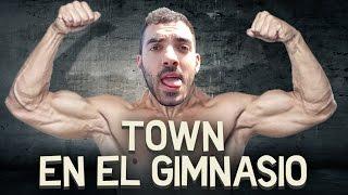 getlinkyoutube.com-TOWN EN EL GIMNASIO   iTownGamePlay