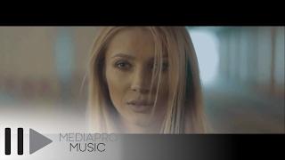 getlinkyoutube.com-Lora - Arde (Official Video)