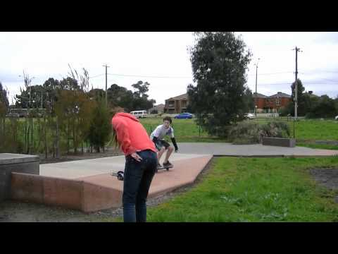 Melbourne Casterboarding Tour 2011 (Liza Hickey, Ryan Walker, Jake Thomas)