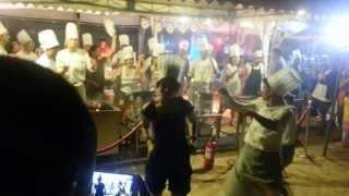 getlinkyoutube.com-Dancing with the chefs!