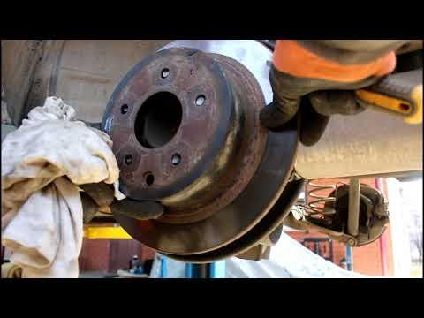 Nissan JUKE 1,6 Ниссан Жук 2011 года Регулировка ручного тормоза