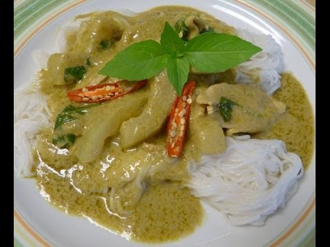 Thai food-Green curry chicken with opo squash