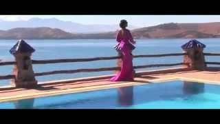 Chantal Ayissi - Regarde sans toucher