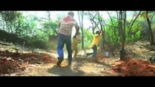 getlinkyoutube.com-خرط هندي خلاني اجرب الموزة على اخوي 😂😂😂