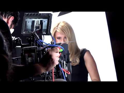 TLIFE: Δες το backstage video με την Φαίη Σκορδά για την Excellence!