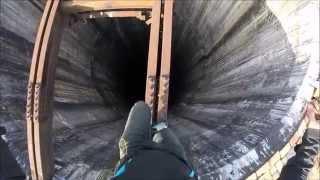 getlinkyoutube.com-Climbing huge chimney in Pitesti