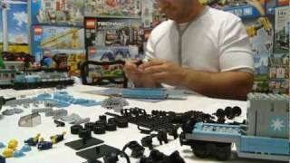 getlinkyoutube.com-LEGO 10219 Maersk Train