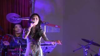 getlinkyoutube.com-Người Ngoài Phố - Hoàng Thục Linh (Live at Quang Minh Buddhist Temple 2011)