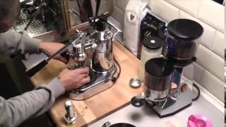 getlinkyoutube.com-La Pavoni Professional, we make a perfect Espresso. It´s simple,don´t worry
