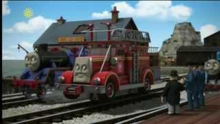 getlinkyoutube.com-Too Many Fire Engines - UK - HD
