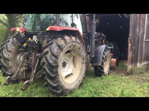 Cadillac STS vs. Traktor