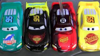 getlinkyoutube.com-5 Color Changers Cars 2 Raoul Caroule Rusteze Mcqueen Dinoco Bob Cutlass colour water toys