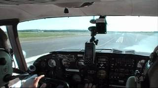 getlinkyoutube.com-Moosonee to Toronto/Buttonville in Twin Comanche