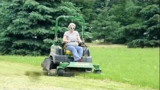 getlinkyoutube.com-Susy operates the JD 997 John Deere Zero Turn Mower like a professional
