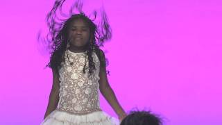 "getlinkyoutube.com-Premiere Lip Sync Battle - Trinitee Stokes ""KC Undercover"""