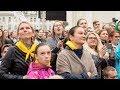 Giới trẻ xúc động nghe ĐTC nhắc đến lịch sử bi thương Lithuania và kêu gọi họ gắn bó với dân tộc