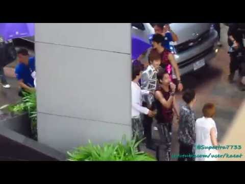 120728 EXO Mini Live (Backstage) - Bye Bye