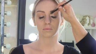 getlinkyoutube.com-How to Apply Under Eye Corrector & Concealer in Eye Hollows : Makeup Techniques