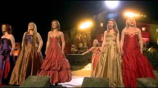 getlinkyoutube.com-Celtic Woman - You Raise Me Up (and Concert Closing, live at the Slane Castle)