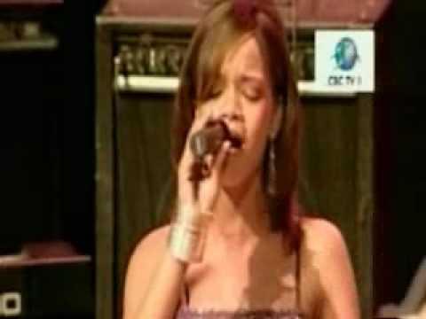 rihanna younger years. Rihanna - 15 Years Old - Shocking