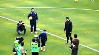 getlinkyoutube.com-โรนัลโด้ เดาะบอลแข่งกับเด็ก