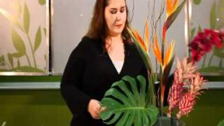 getlinkyoutube.com-Make a Tropical Flower Arrangement