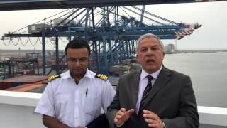 السفينة العملاقة OOCL VANCOUVER بميناء دمياط لأول مرة