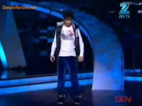 Raghav CrocRoaz Juyal 3rd march DUBSTEP mirror dance with super fusion..............