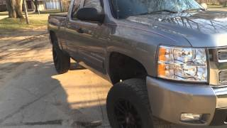 getlinkyoutube.com-Silverado with 6 inch BDS lift kit