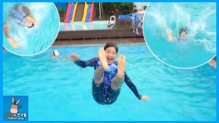 getlinkyoutube.com-수영장 물 속으로 날아가다! 시원하게 다이빙 수영 게임 도전 놀이 ♡ 가평 펜션 한국 여행 물놀이 Korea Travel  Pool | 말이야와친구들 MariAndFriends