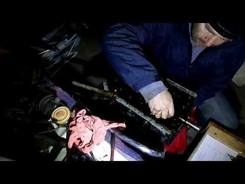 67 Снимаю поршня двигателя Джили МК копия двгателя TOYOT 4А FE