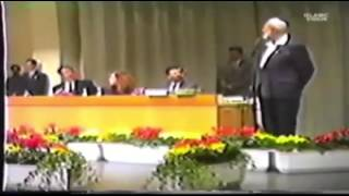 """getlinkyoutube.com-Ahmed Deedat - Pastor DOES NOT answer question """"Which Bible Sir?"""""""