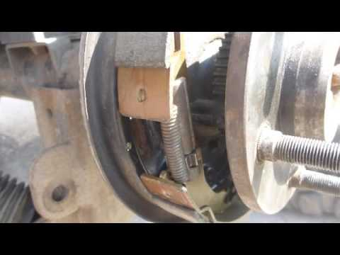 Регулировка колодок ручника Jeep Wrangler JK