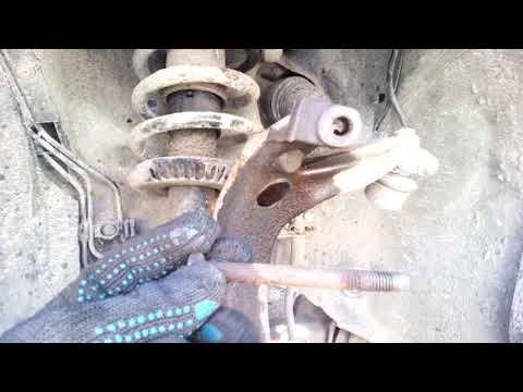 Замена передних стоек амортизаторов пассат в5/ауди А4/passat B5