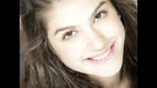 getlinkyoutube.com-Larissa manoela vs Giovanna grigio