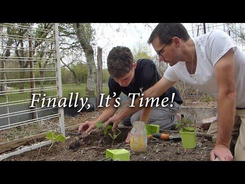 Luke's Plants His Garden! - Gardening With Special Needs