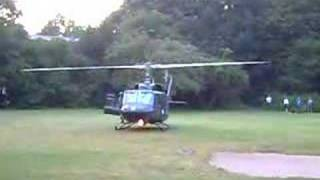 getlinkyoutube.com-Bundespolizei Bell 212 in Hamburg