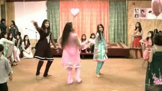 getlinkyoutube.com-Jhumurr Dance Group - Aaja Nachle/Love Mera Hit Hit Dance