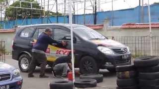getlinkyoutube.com-Rakem's Diesel Drag Race (2KD-FTV) vs Petrol (Suzuki Baleno)