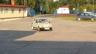 getlinkyoutube.com-FIAT 126p 1.2 MPI BURNOUT
