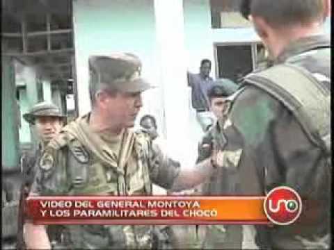Video del general Montoya y los paramilitares del Choco