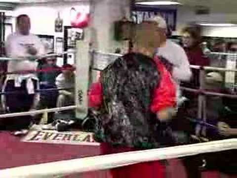 Miguel Cotto and Shane Mosley training