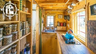 getlinkyoutube.com-Chris and Malissa's Tiny Tack House