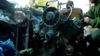 getlinkyoutube.com-Starting V Twin Diesel Engine
