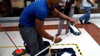 getlinkyoutube.com-Extreme case!!!  (how to sell a mop floor cleaner) Super selling!!!!