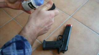 getlinkyoutube.com-pistola da 3 euro