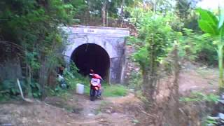getlinkyoutube.com-my bike my adventure - ex train tunnel banjar-pangandaran